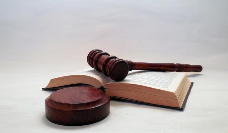Arbeitsrecht – Kreuzer, Anwalt in Nürnberg und Dresden - Rechtsanwalt Kreuzer, Rechtsanwälte Nürnberg und Dresden